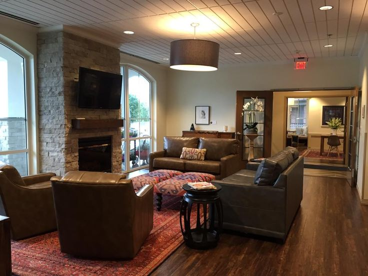 Captivating The Beautiful And Aesthetic Living Room At The Ronald McDonald Wylie House  In Kansas City. Part 15