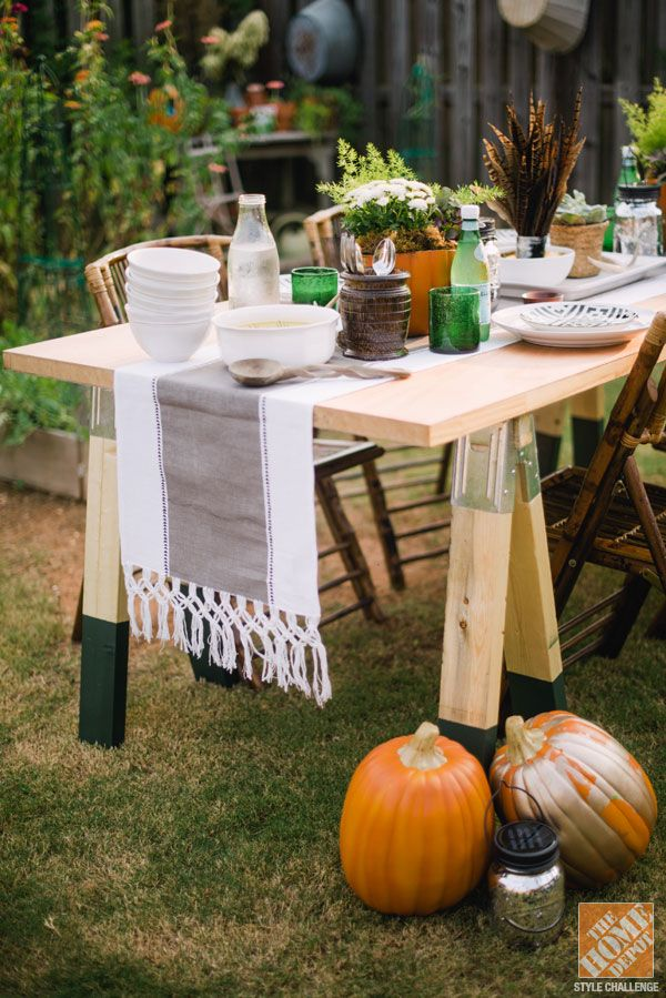 DIY Rustic Sawhorse Table: Tables Sets, Sawhor Tables, Harvest Tables, Aprons Blog, Outdoor Tables, Buffets Tables, Diy Sawhor, Sawhorse Tables, Dining Tables