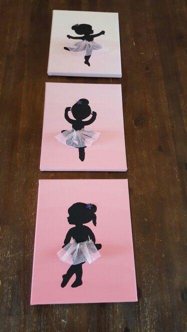 Google op afbeeldingen naar balletmeisje silhout. Met carbonpapier overtrekken. Zwart verven en de tule met lijmpistool vast maken.