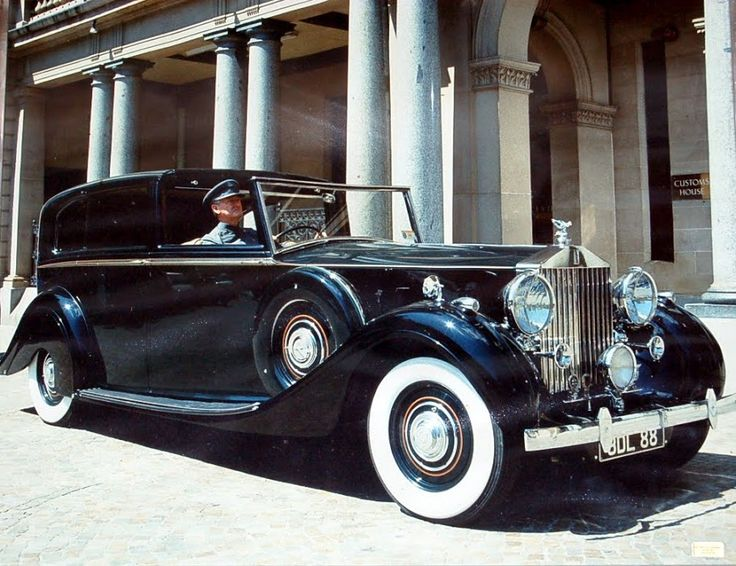 1938 Rolls Royce Phantom 3 sedanca deville V12, beleived to be Churchill car during WW2 CN 3DL88