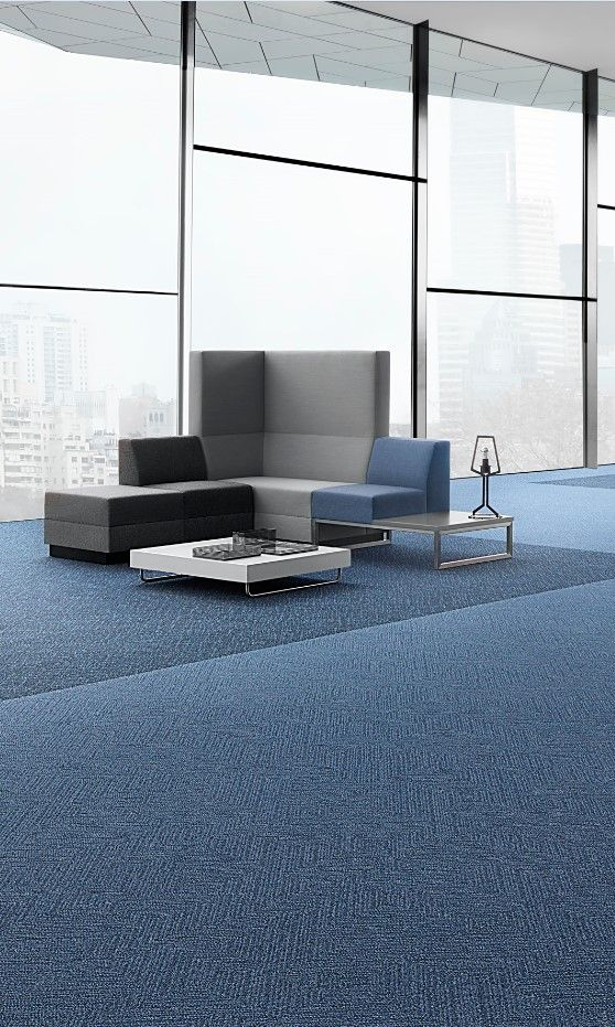 Inspired by timeless fabric designs, Edges carpet adds tactile movement to the floor with a choice of two varying patterns, to suit the pace and rhythm of every unique space. Edges Large is a bold design, using a traditional twill weave and diagonal parallel ribs to create impact across expansive flooring areas.