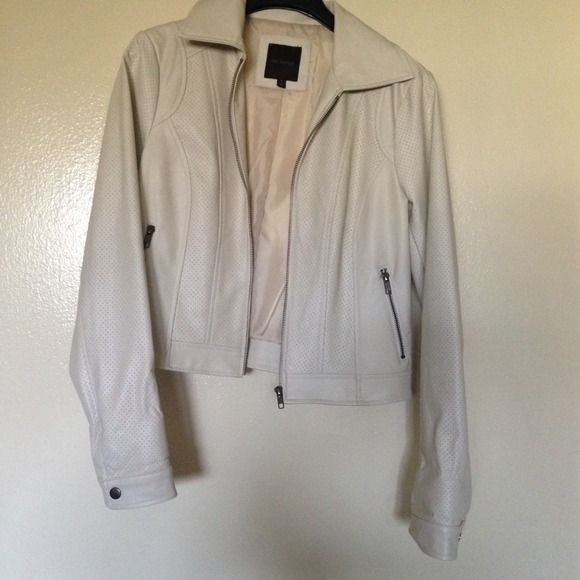 Jacket In great condition wore only 3x. The Limited Jackets & Coats