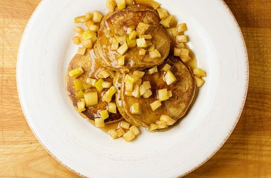 Gingerbread Pancakes with Buttered Apples —christmas morning?!