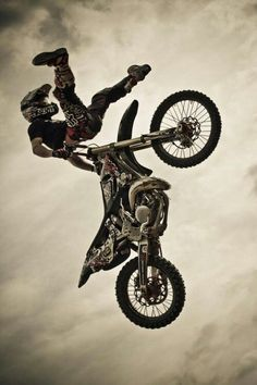 🏍Motorradsport lieben? # Klicken # folgen wholesaleatv.com für ATVs, Dirt Bikes, …   – Motocross