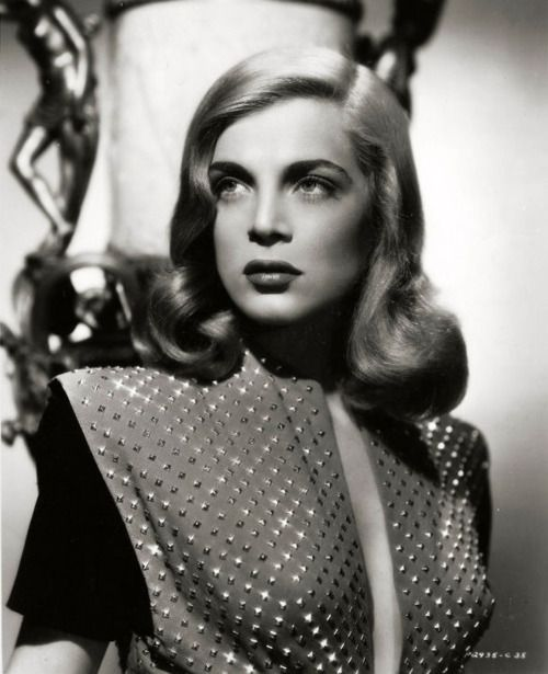 "Lizabeth Scott 1945, such an underrated film noir actress - Best film ""Dead Reckoning"" 1947."