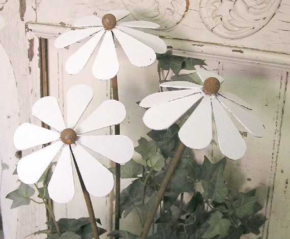 metal flower daisy set of 3 garden art plant by elementsbytimbers, $40.00