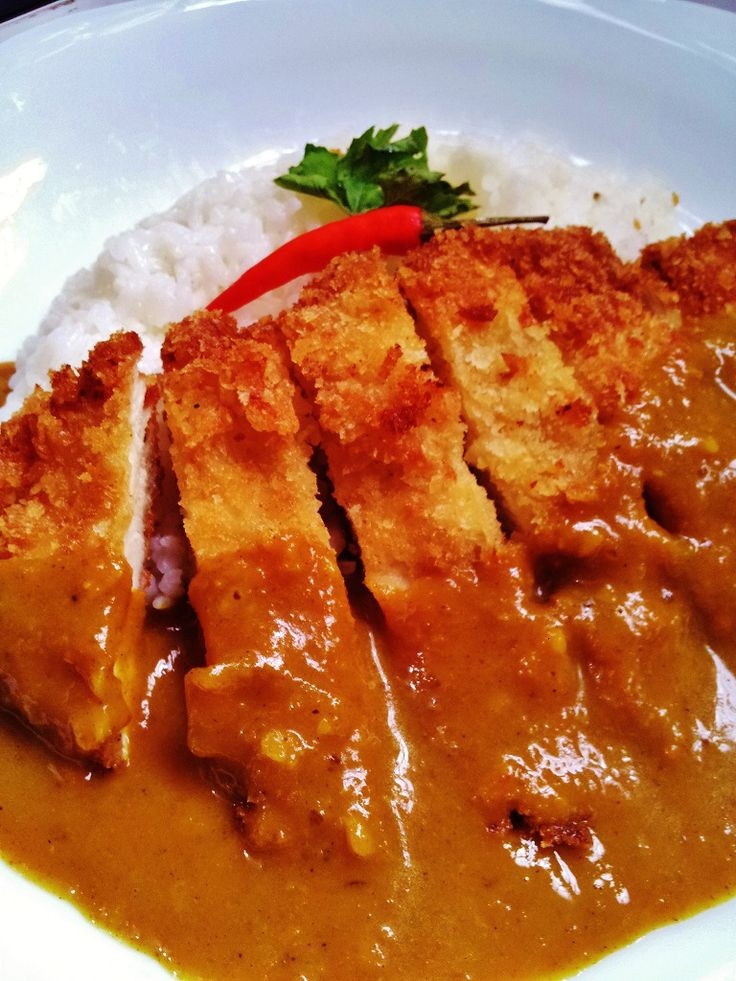 Chicken Katsu Curry | TASTING LIFE  Edits: 1 big onion (instead of 2 medium) 3 tsp Malaysian curry powder 2 frozen red Thai chilies  1 can chicken broth