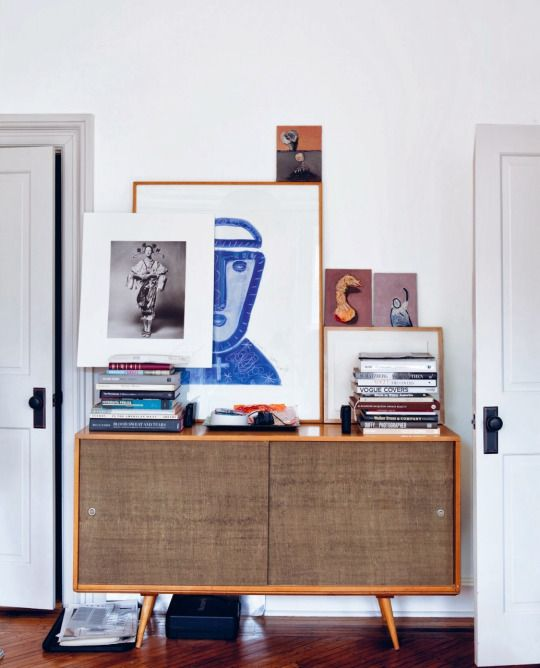 Guarantee you have access to the best mid-century decor inspirations to decorate your next interior design project - What kind of pieces do you need? Console tables? Sideboards? Find them all at http://essentialhome.eu/