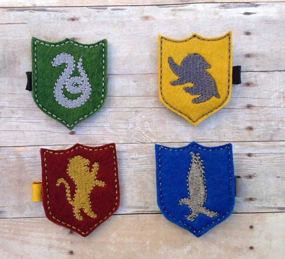 Hey, I found this really awesome Etsy listing at https://www.etsy.com/listing/193508801/harry-potter-house-crest-felt-hair-clip