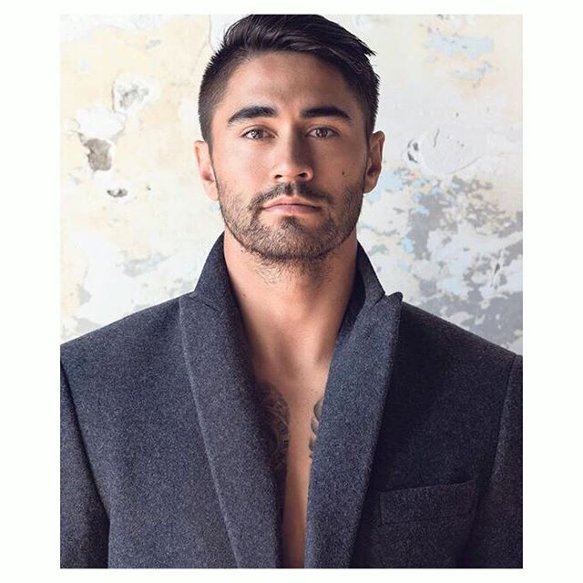 Great shot of @shaun_johnson90 wearing a Working Style overcoat on the cover of @nzhviva this morning. Read the interview out now.  #workingstylenz #WearingWorkingStyle  #overcoat #shaunjohnson #rugbyleague #warriors #autumn #winter #overcoat