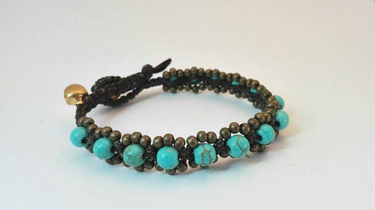 Bracciale intrecciato con perle turchese e perle di bronzo di Amacreazioni su Etsy