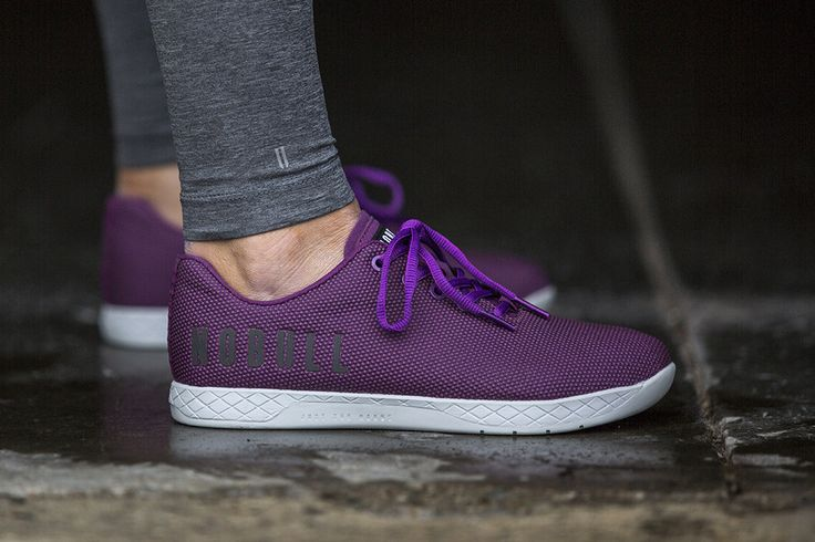 DEEP PURPLE TRAINER (WOMEN'S) from NOBULL. Size 8