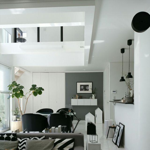mi-さんの、Overview,グリーン,ハンドメイド,アクセントクロス,DIY,北欧,吹き抜け,モノトーン,グレーについての部屋写真