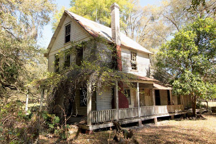 Abandoned in Putnam county, FL. 03.02.2013