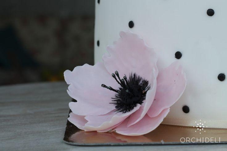 orchideli - pink fondant flower, różówy kwiatek z lukru, dekoracja tortu, pink fondant flower, cake decoration