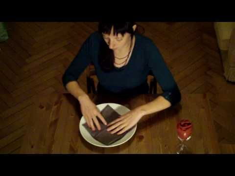 Libelle Shop tutorial: waterlelie vouwen van een servet - YouTube