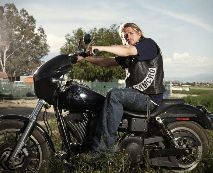 Sons of Anarchy - Jax TellerCharliehunnam, Charli Hunnam, Charlie Hunnam, Future Husband, Sons Of Anarchy, Leather Jackets, Jax Teller, Sonsofanarchy, Soa