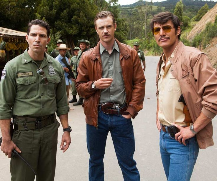 Chris takes a look at Narcos, Netflix's action-drama series centered on the hunt…