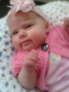 Sweet Pea Sweater - Newborn to 3 Years by Laura Tegg - FREE Ravelry download