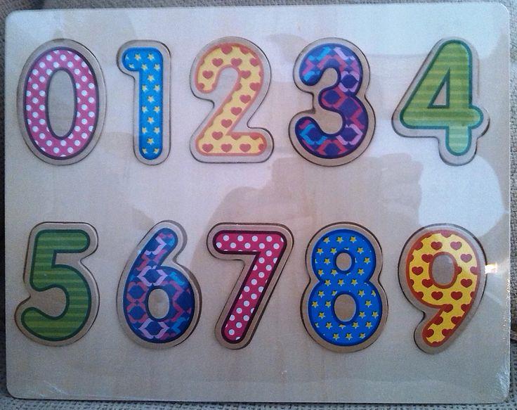 PUZLE ENCAJE DE MADERA NUMEROS (7,25 €) http://www.babycaprichos.com/puzle-de-encaje-numeros.html