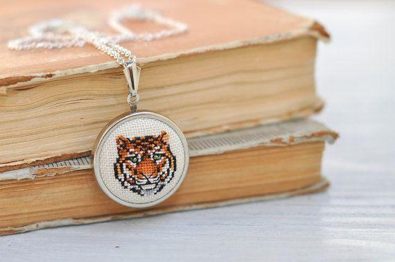 Tiger Necklace Zodiac Totem Power Embroidered Jungle Animal Portrait Circle Cross Stitch Jewelry Orange Black