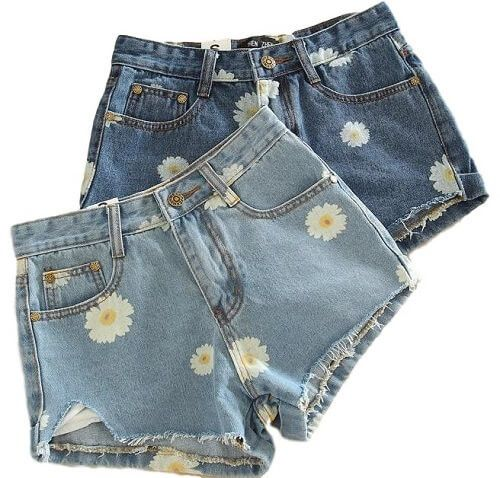 Hey Gals , High Waisted Shorts rock you must get yourself a pair or two or three!! (¯`•.•´¯) (¯`•.•´¯) *`•.¸(¯`•.•´¯)¸.•´ ¤ º° ¤`•.¸.•´ ¤ °º We only see what you love♥ and i am sure you can see why w