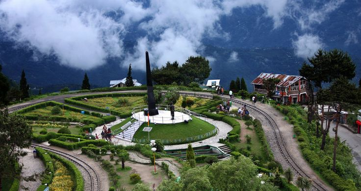 Discover #Darjeeling - Vibrant beauty, a land of breathtaking beauty crowned by majestic Himalayas. http://www.hitours.in/holidays-in-india/tour-listing.aspx?Theme=ALL&Destination=Darjeeling  travel #Asia #India #NorthEast #NorthEastIndia