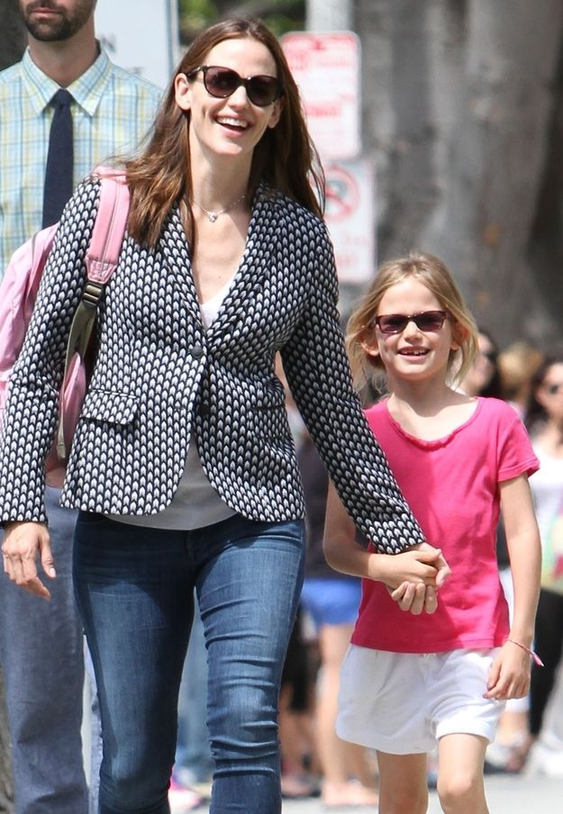 Jennifer Garner and Violet Anne Affleck | 10 Celebrity Moms Whose Kids May Secretly Be Their Twin