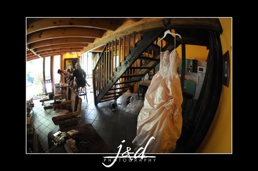 Getting Ready in the Honeymoon Suite, J&D Photography.