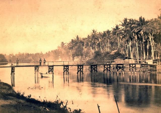Jembatan di Krueng Aceh dekat Kampung Jawa – 1874