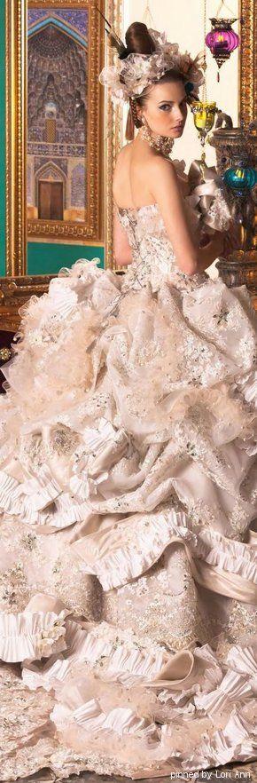 STELLA DE LIBERO.....❤ jaglady #beauty #dresses  http://www.shivohamyoga.nl/ #fashion
