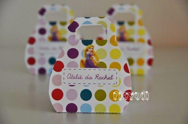 Caixa bolsinha - Rapunzel  :: flavoli.net - Papelaria Personalizada :: Contato: (21) 98-836-0113  vendas@flavoli.net