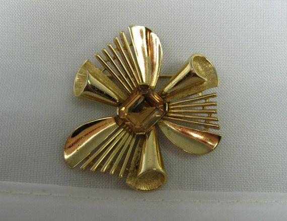 Vintage Trifari Flower Brooch Topaz Rhinestone by TheFashionDen, $10.00
