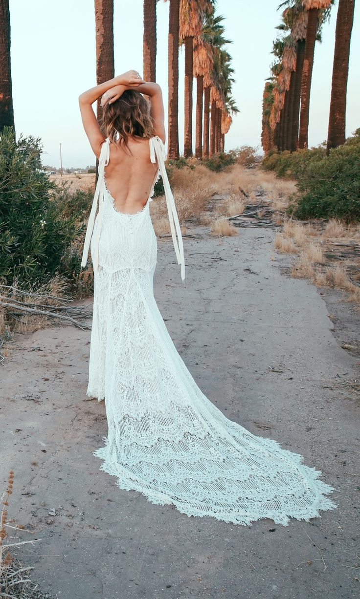 2017 daughters of simone collection backless lace wedding for Backless boho wedding dress