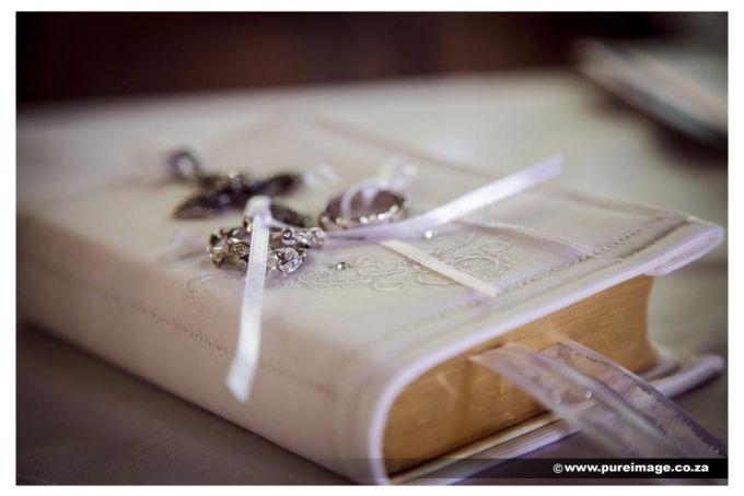 Bible Ring Cushion by Creations de Splendeur