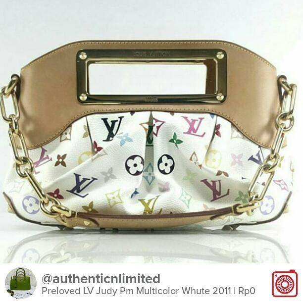 Selling Preloved LV Judy Pm Multicolor White 2011 Bag only Chat with me on Carousell to get it! Download the free app now by tapping the link on @carousell_id have fun! #carousell #carousellID #jualan #jualanku #olshopindo #jualankaka #jualansis #jualanbro #jualanbro #olshopindonesia #garagesaleindo #ootdindo #prelovedindo #olshopsby #olshopbdg #lookbookindonesia #localbrandindonesia #prelovedlvjudy #lvjudypreloved #lvjudypmmulticolor