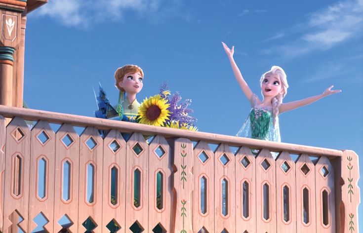 I found more pics from FROZEN FEVER!