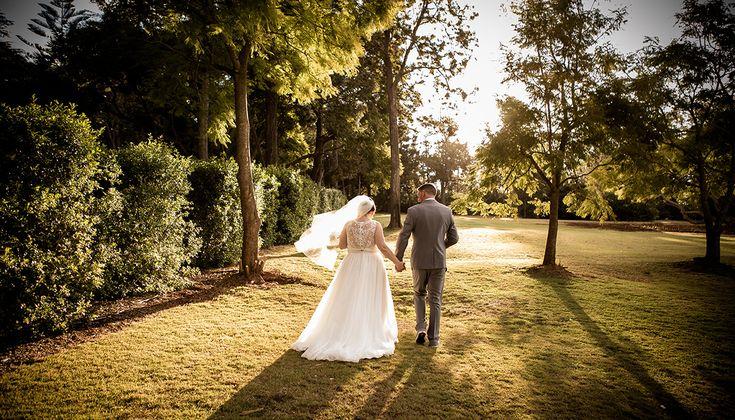 Bride & Groom   Toowoomba Wedding Photography   Salt Studios