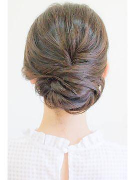 つるっと綺麗めアップ - 24時間いつでもWEB予約OK!ヘアスタイル10万点以上掲載!お気に入りの髪型、人気のヘアスタイルを探すならKirei Style[キレイスタイル]で。