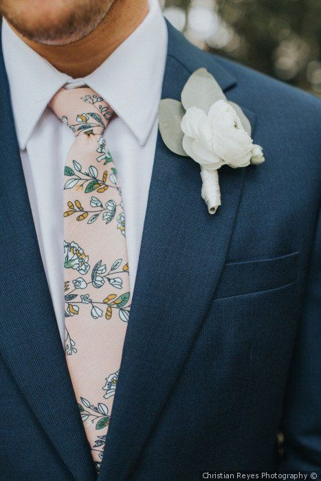 1429ae55c574 Navy blue groom attire + light pink tie + white floral boutonniere - Groom  attire ideas {Christian Reyes Photography}