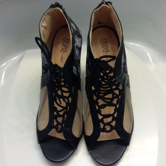 Prabel gurung heels for target in black Prabel gurung heels for target for sale in black with flower and mesh detail. Has a zipper on the back which makes the shoe easy to put on and take off. Shoe lace in front just for added detail. Prabal Gurung for Target Shoes Heels