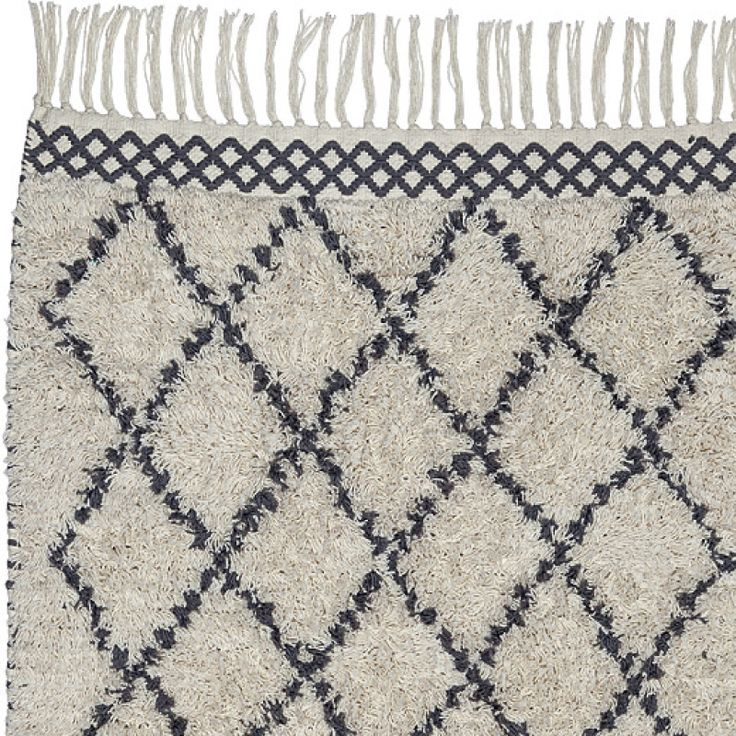 MOROCCO in CREAM/GREY is made of 100% woven cotton. Perfect for the bathroom. Available in 60x90cm   70x140cm   130x190cm