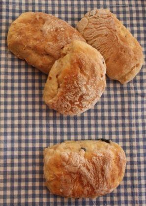 Zeytinli Domatesli Rol Ekmekler (Kitchenette Ekmeği)
