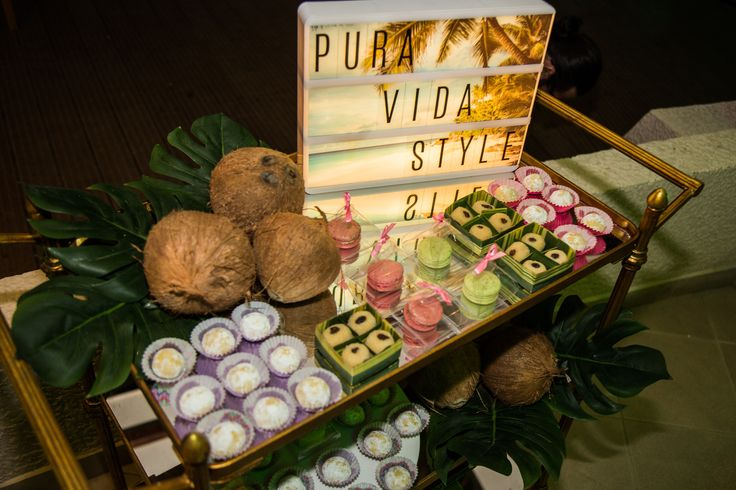 Instead of the typical dessert table, do a dessert cart! Make sure it's #CostaRicaWild Style. Enjoy it here at Dreams Las Mareas Costa Rica! #DreamsLasMareasCostaRica #PuraVidaStyle #CostaRicaWedding