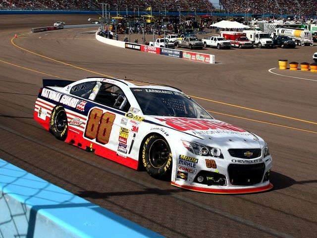 Dale Earnhardt Jr. maintains momentum with Phoenix finish