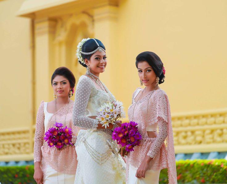 Thanuja jayawardana wedding dress