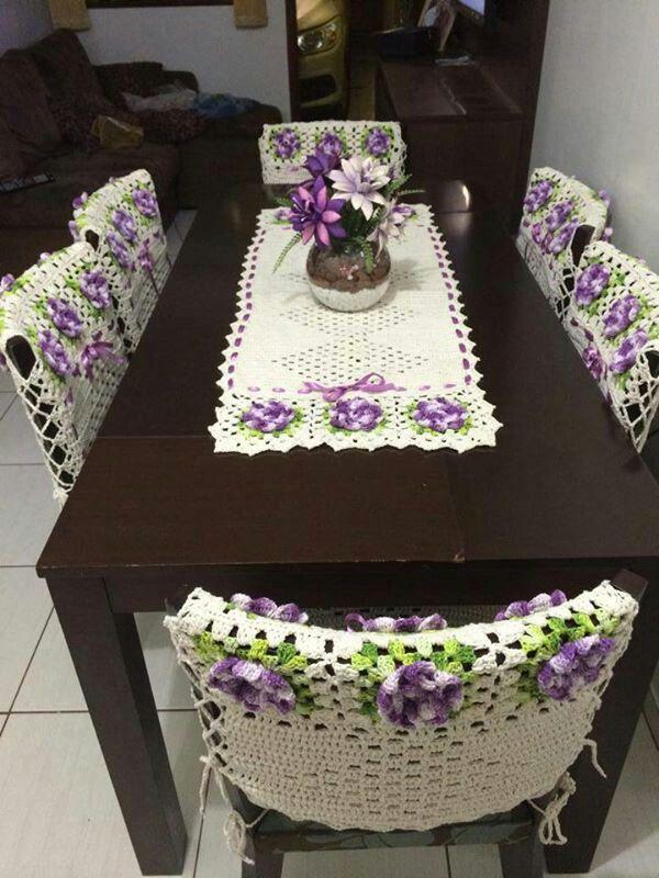 Trilho de mesa com capas p cadeiras