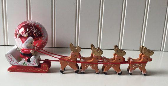 Ornement de Noël Vintage père Noël et renne par SunnyHillVintage                                                                                                                                                                                 Plus