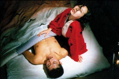 """Nagisa Oshima e """"L'impero dei sensi"""". Nell'anniversario della scomparsa del regista, sul sito visioniproibite.it un articolo di approfondimento sul regista e il film"""