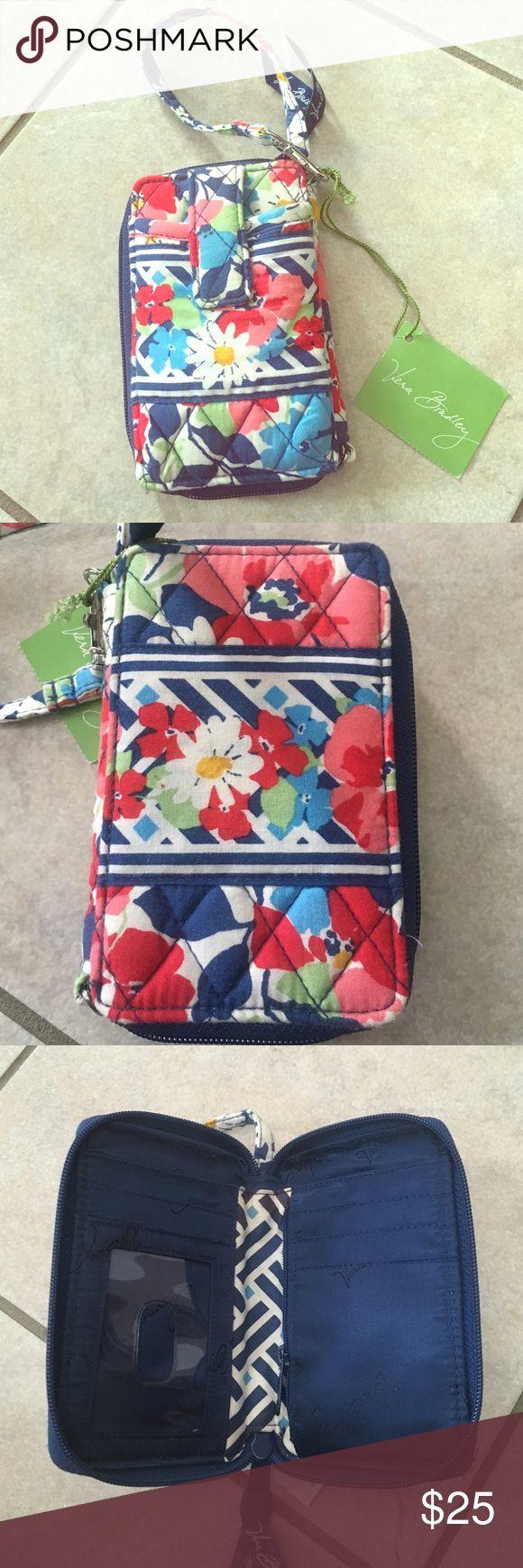 NWT Vera Bradley Wristlet Brand new! Vera Bradley Bags Clutches & Wristlets